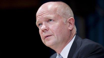 Hague urges Britain to follow Australia on Huawei