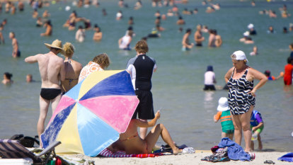 Days of Melbourne heat cracks almost a century of records