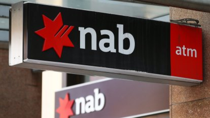 NAB to ditch 50 business bank fees in new shake-up