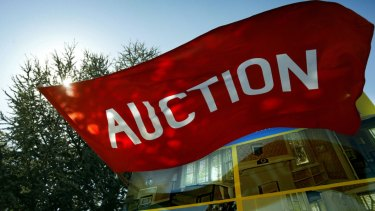 House price falls are growing according to figures from the ABS