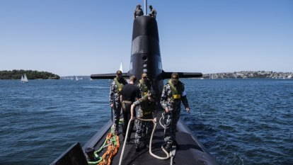 Submarine contract a huge test for WA-based defence minister