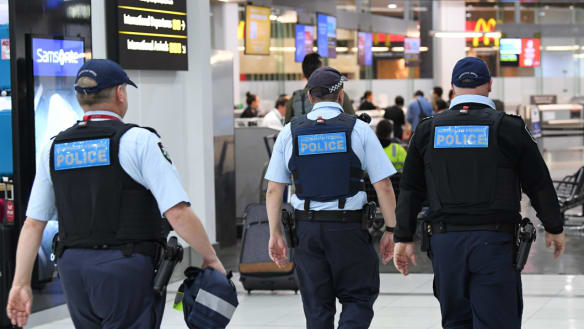 Fines or imprisonment for travellers if they do not comply with new police powers at airports