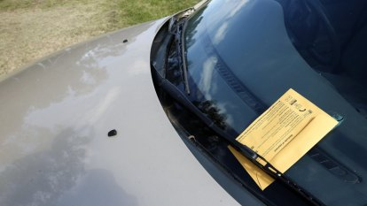 Blitz on overdue fines after more than 300,000 not paid on time in NSW