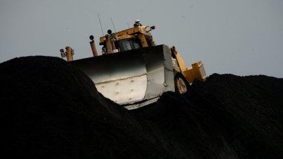 Queensland coal exports a short-term economic relief but 'won't last long'
