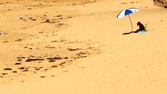 Perth to swelter as nationwide heatwave grips country
