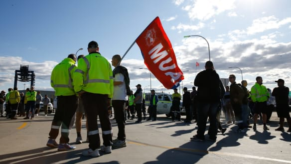 Hutchison Ports is locked in a fresh dispute with its unionised workers in Sydney and Brisbane.