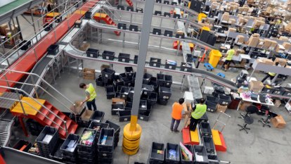 E-commerce boom rolls on around the country