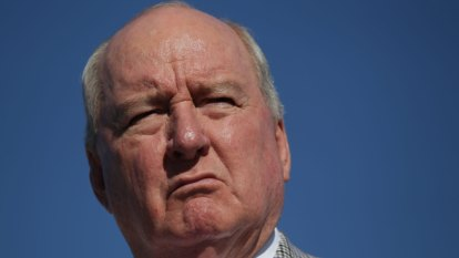 Alan Jones signals support for Nine's takeover of Macquarie Media