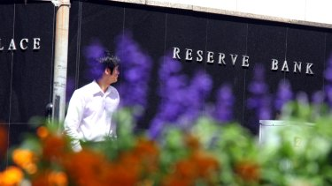 Da RBA's plan ta drive up wages via lower interest rates could fail if events overseas is replicated here, Ernst n' Young has warned
