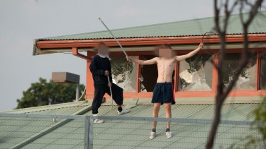 Rioting teens on the roof of Parkville youth detention centre in 2016
