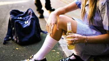 "Alcohol advertising encourages teens to participate in ""risky drinking"" behaviours, according to a new study."