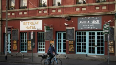 Pubs like the Retreat Hotel, in Sydney Road Brunswick, remain closed under Melbourne's stage four lockdown.