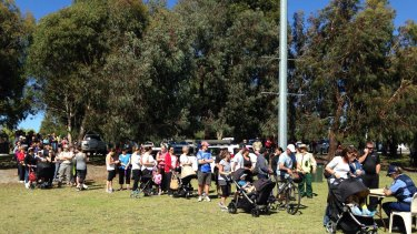 Volunteers line up to help search for missing toddler Sam Trott in Landsdale, Perth.