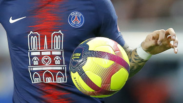 PSG wore jerseys emblazoned with an image of Notre Dame.