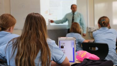 WA teachers and students are set to head back to school from term 2.
