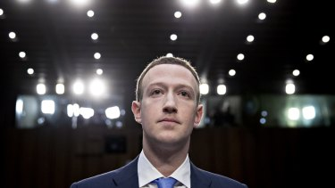Onlookers don't expect Mark Zuckerberg to walk away from Facebook anytime soon.