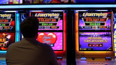 The ACT government has made headway in its plan to reduce pokies numbers to 4000.