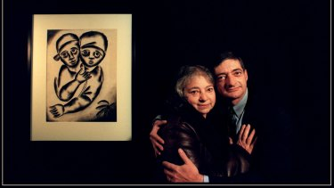 """Mirka and William Mora with her work """"Young Lovers"""", 1961."""