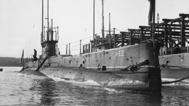 The AE2 and AE1 Submarines side by side at Garden Island, 1914.