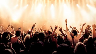 A new live music venue over Roma Street Station is not economically viable, a Queensland Audit Office report finds.