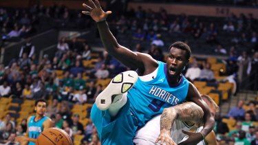 Mangok Mathiang playing for the Charlotte Hornets.