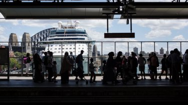 Circular Quay has the second highest number of incidents in Sydney of passengers falling through gaps between trains and platforms.