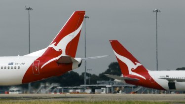 Flight delays are expected at Melbourne Airport due to high winds.