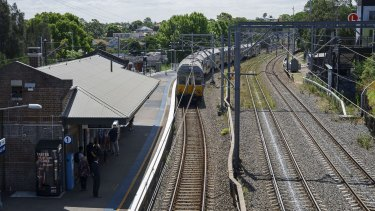 Curved platforms such as the one at Dulwich Hill in the inner west present challenges for builders of Sydney's new metro line.