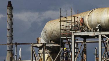 There is are not enough gas pipelines to supply upcoming demand in Victoria.