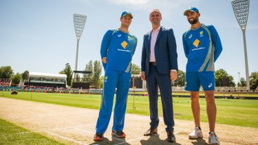 Andrew Barr with Steve Smith and Nathan Lyon before a one-day international in Canberra.