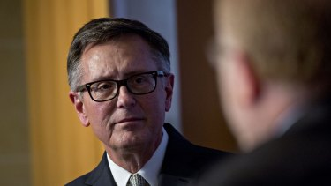 Fed official Richard Clarida's downbeat comments late in the session sent stocks tumbling.