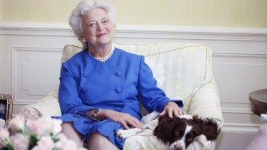 Pearls: Barbara Bush in 1990.