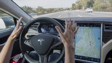 Experts say driverless cars could be commercially available in fvie to 10 years.
