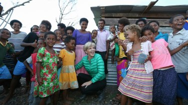 Minister for Foreign Affairs Julie Bishop meets Fijians affected by Cyclone Winston in 2016.