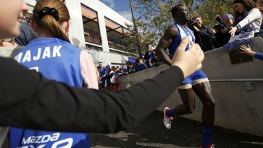 Fans have lined up to support Majak Daw in the VFL since his comeback from a broken hip.