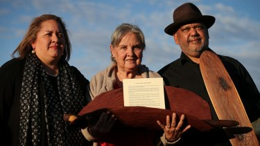 Megan Davis and Pat Anderson from the Referendum Council along with Noel Pearson presenting the Uluru Statement from the Heart in 2017.