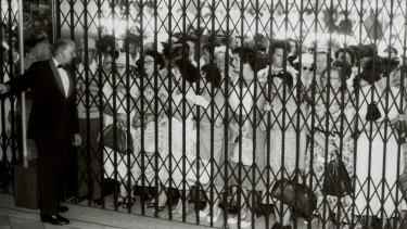 Shoppers queue outside Myer Melbourne for the 1958 Boxing Day sales.
