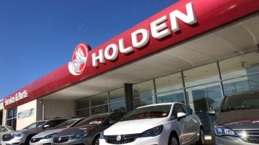 The end of the Holden brand has led to a bitter feud between local dealers and GM headquarters in Detroit.