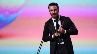 Chet Faker accepts the award for Best Independent Release at the 2014 ARIA Awards.