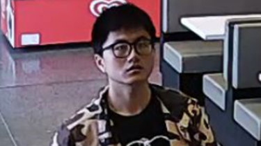 An image from CCTV of missing Mt Waverley man Yiwei Chu as he bought lunch two weeks ago.
