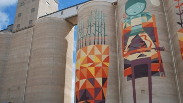 Silo art in Merredin as a part of the FORM Silo Trail.