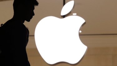 Apple's weak sales figures this week scared investors.