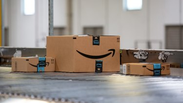 Fewer parcels under the Christmas tree? Investors were disappointed by Amazon's forecast for the crucial December quarter.