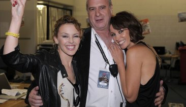 Michael Gudinski with Kylie and Dannii Minogue at Melbourne's Sound Relief bushfire benefit concert in 2009.