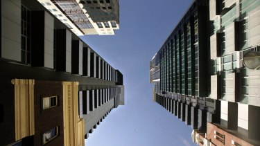 Apartment re-sales in inner-Melbourne have been lacklustre.