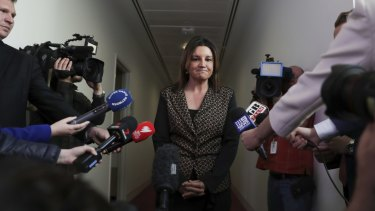 Jacqui Lambie condemns Trump for abandoning 'mates' in Syria