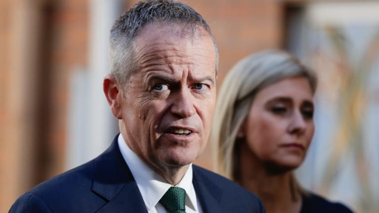 Bill Shorten can't seem to take a trick with some voters.