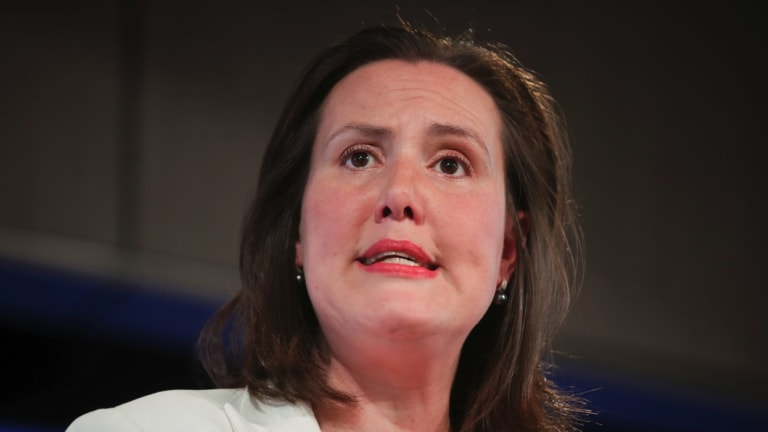 Industrial Relations Minister Kelly O'Dwyer says Labor must distance itself from the militant CFMMEU.