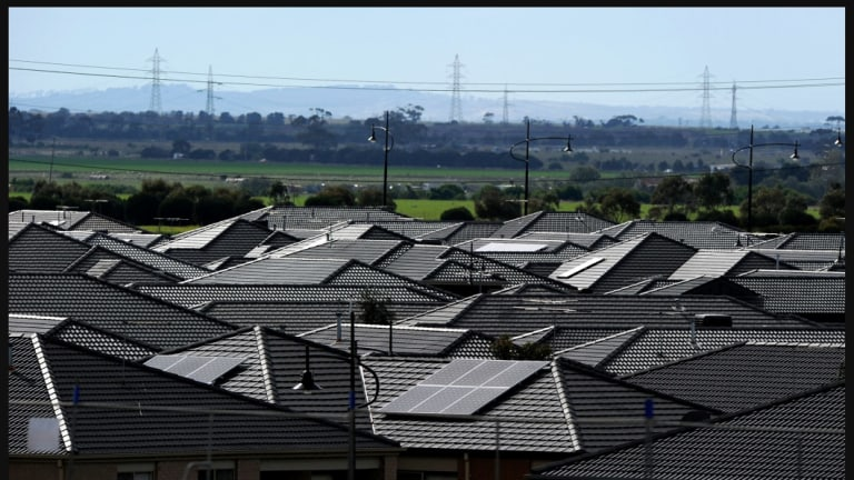 A Labor promise to subsidise rooftop solar panels for 650,000 homes has been slammed as economically wasteful.
