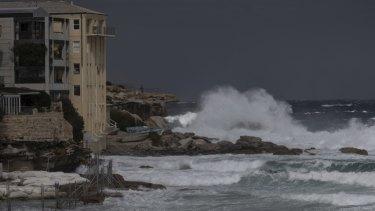 Large waves impact at Bondi as damaging southerly winds hit Sydney